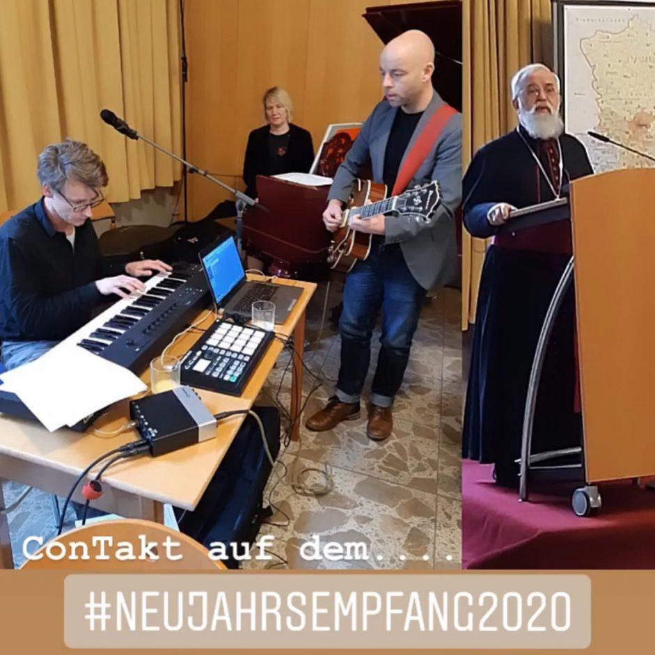 Musiker von ConTakt spielen auf dem Neujahrsempfang des Bischofs